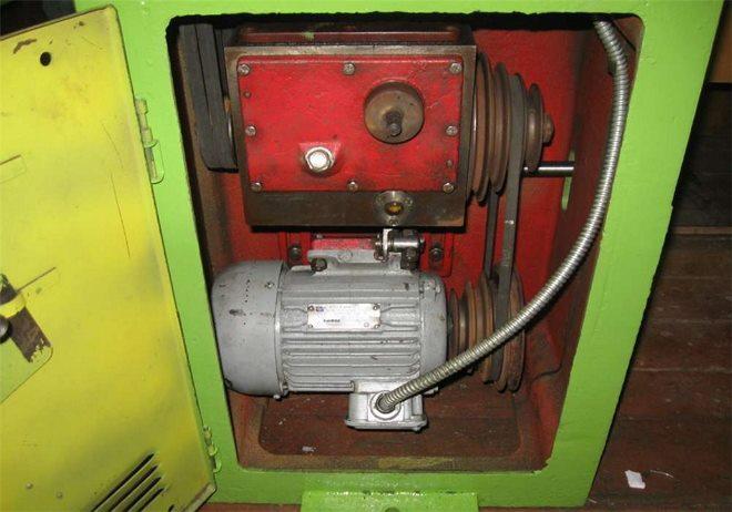 Электродвигатель и понижающая коробка тв 7